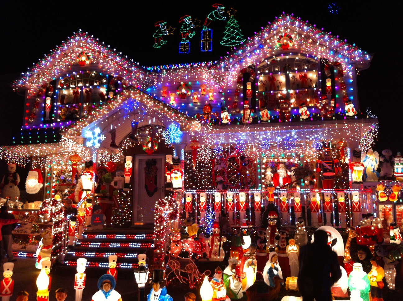 Holiday Light Tour: Submit Your Favorites! blog image 7